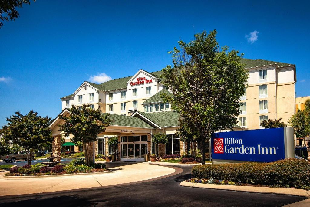 Hilton Garden Inn Chattanooga Hamilton Place In Chattanooga Tn Room Deals Photos Reviews