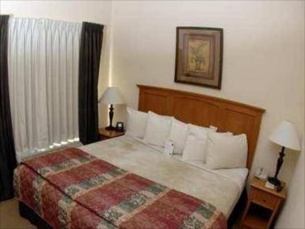 1 Bedroom King Suite Homewood Suites by Hilton Colorado Springs Airport Hotel