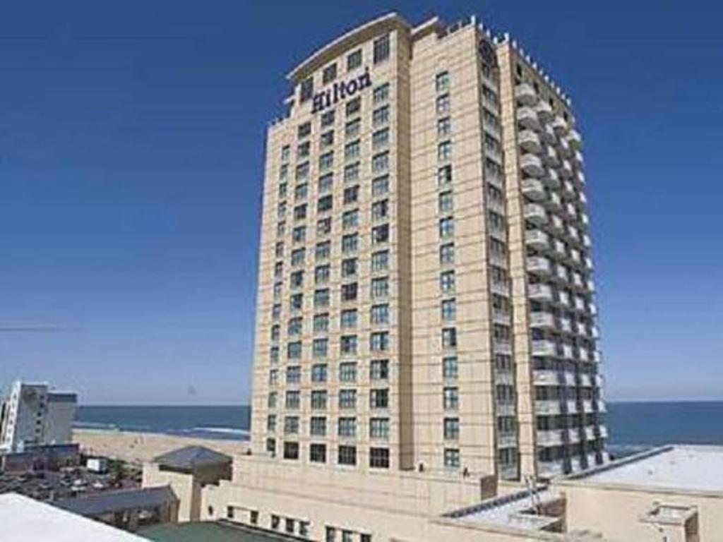 Club Ocean View Hotel Building Hilton Virginia Beach Oceanfront