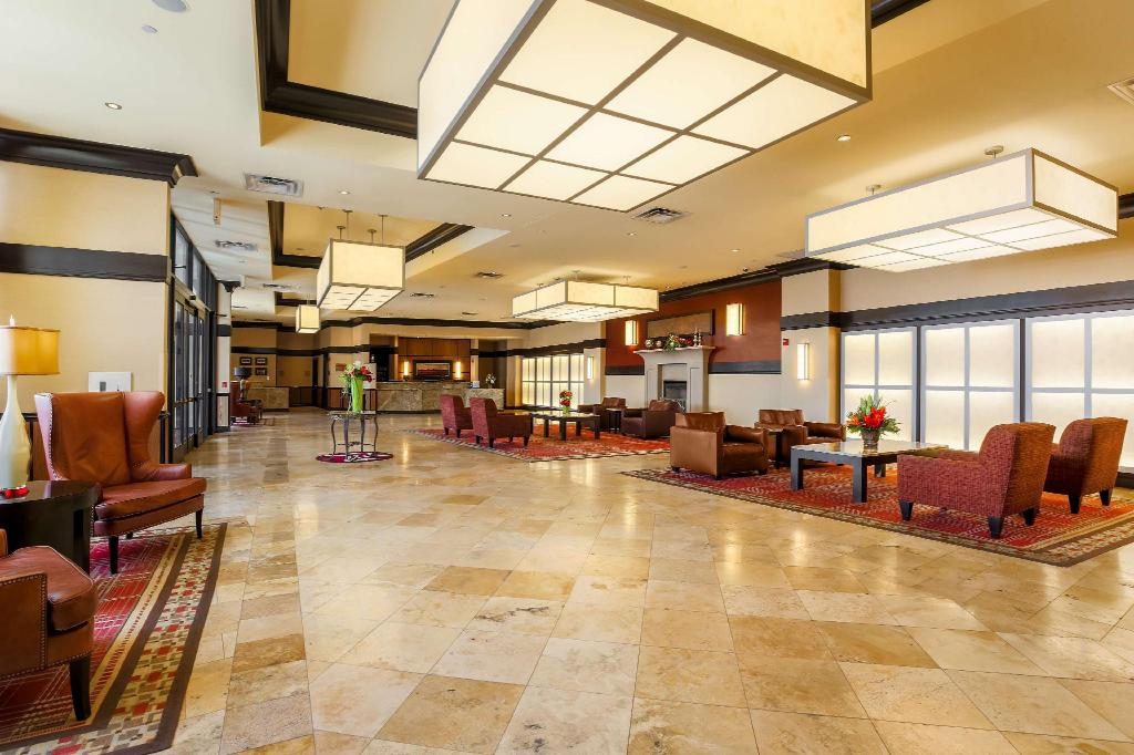 Hilton Promenade at Branson Landing Hotel in Branson (MO