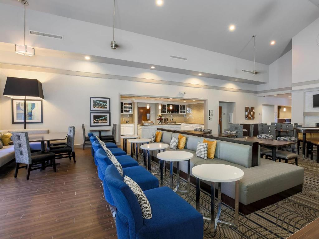 Vista Interior Homewood Suites By Hilton Memphis Hacks Cross