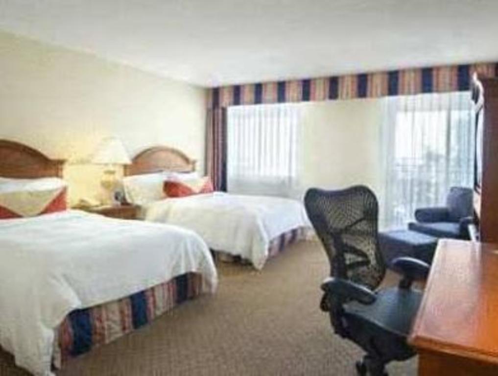 Hilton garden inn phoenix midtown hotel in phoenix az room deals photos reviews for Hilton garden inn phoenix midtown