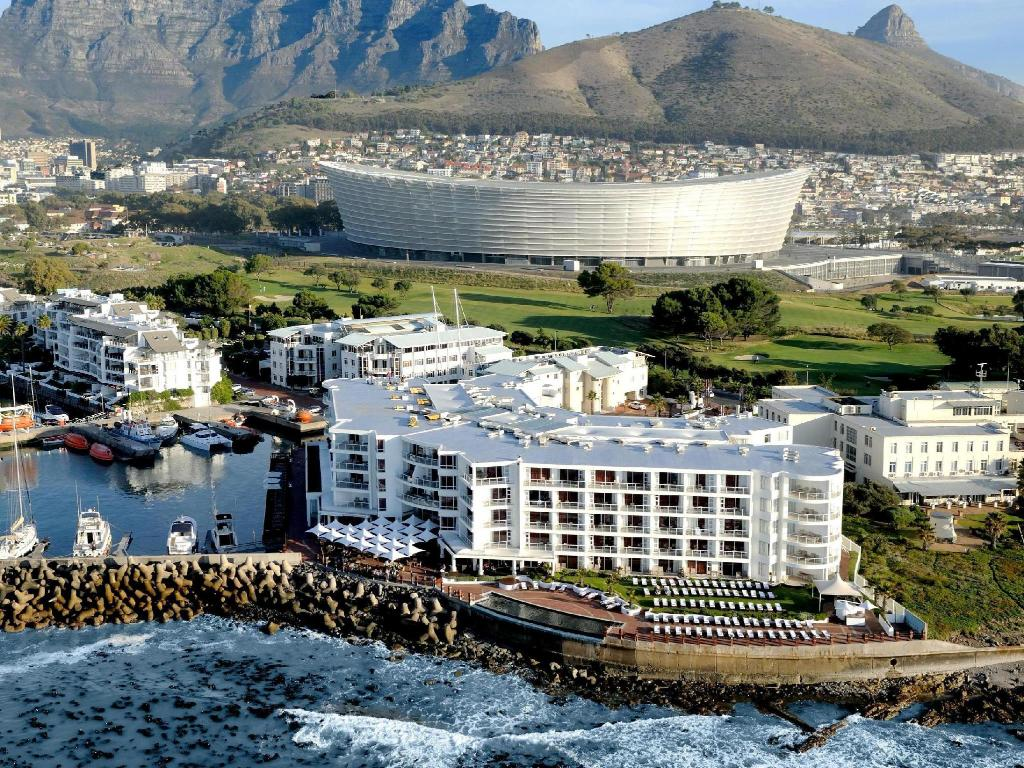 More about Radisson Blu Hotel Waterfront, Cape Town
