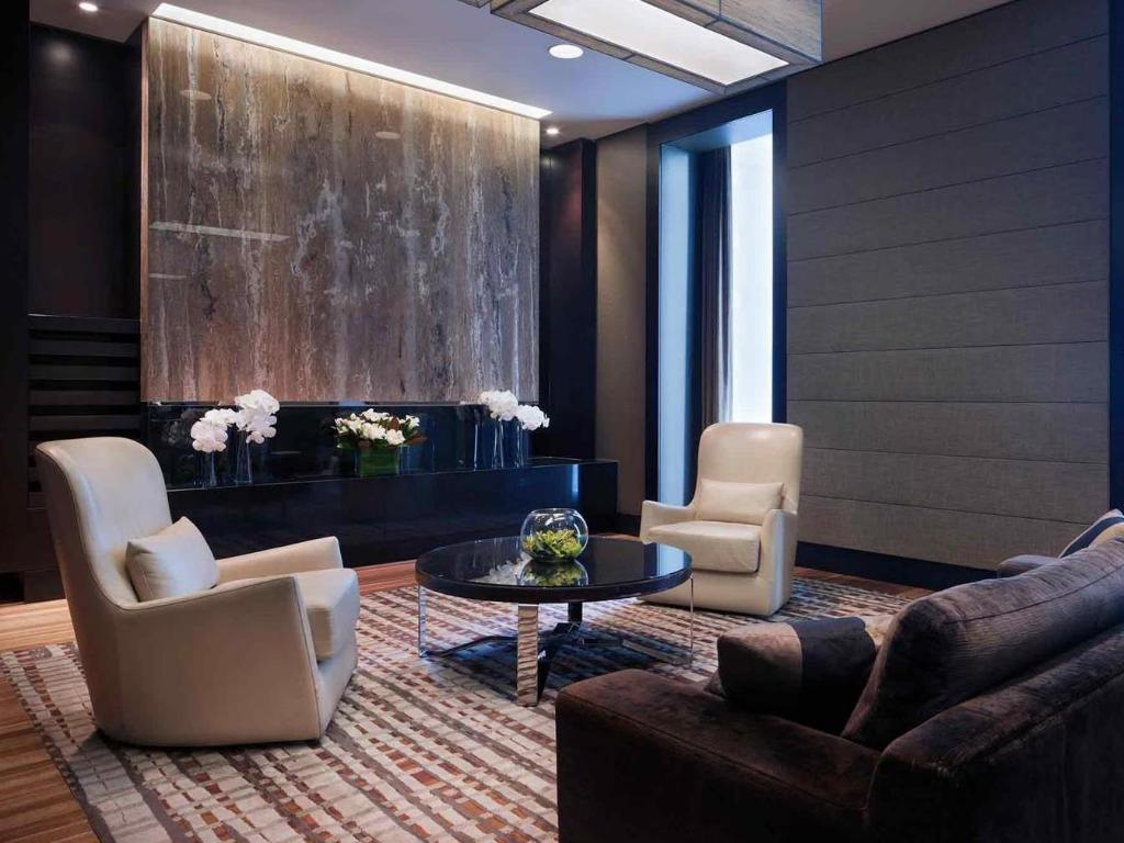 Interior view Sofitel Sydney Wentworth Hotel