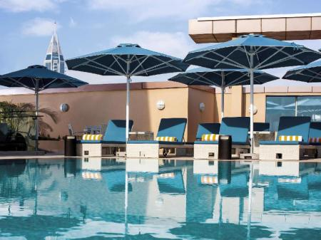 Swimming pool Pullman Jumeirah Lakes Towers Hotel and Residence