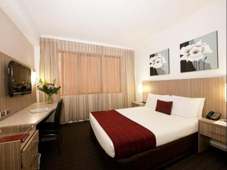 Deluxe Double - Room plan Metro Hotel Marlow Sydney Central