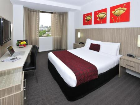 Deluxe Double - Bed Metro Hotel Marlow Sydney Central