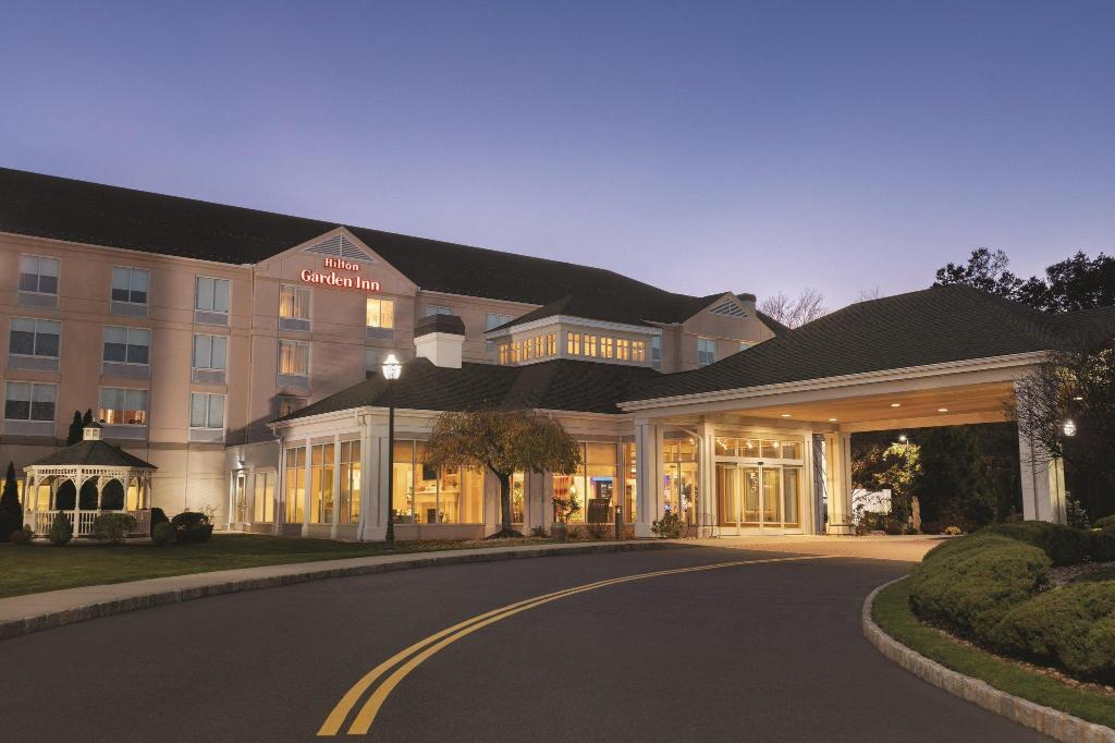 Hilton Garden Inn Bridgewater Hotel In Bridgewater Nj Room Deals Photos Reviews