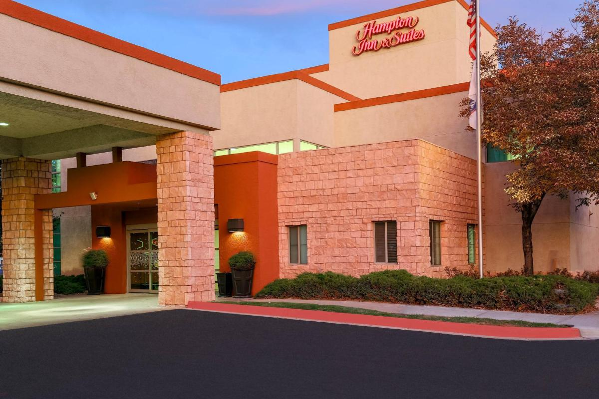 Book Hampton Inn Suites Denver Tech Center In Denver Co United States 2020 Promos