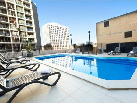 Swimming pool [outdoor] Metro Hotel Marlow Sydney Central