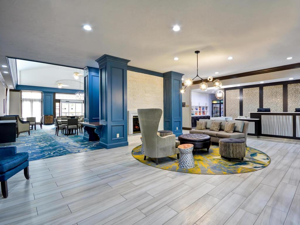 Lobby Homewood Suites By Hilton Dallas Lewisville