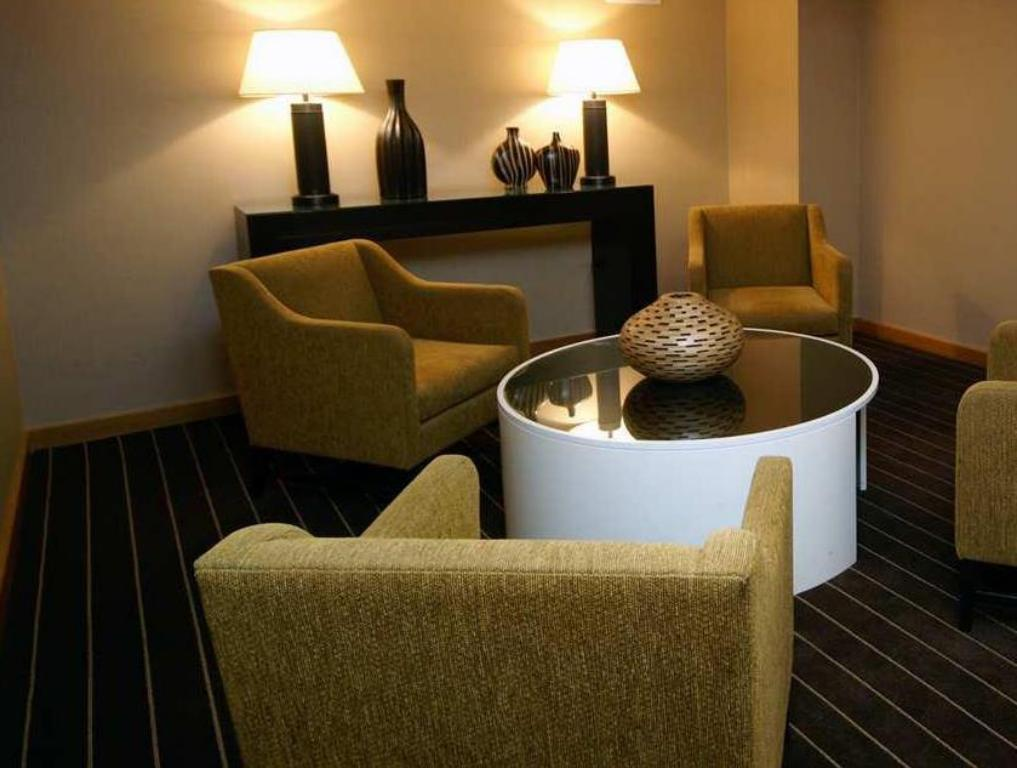 Pemandangan dalam DoubleTree by Hilton Hotel Chicago - Arlington Heights