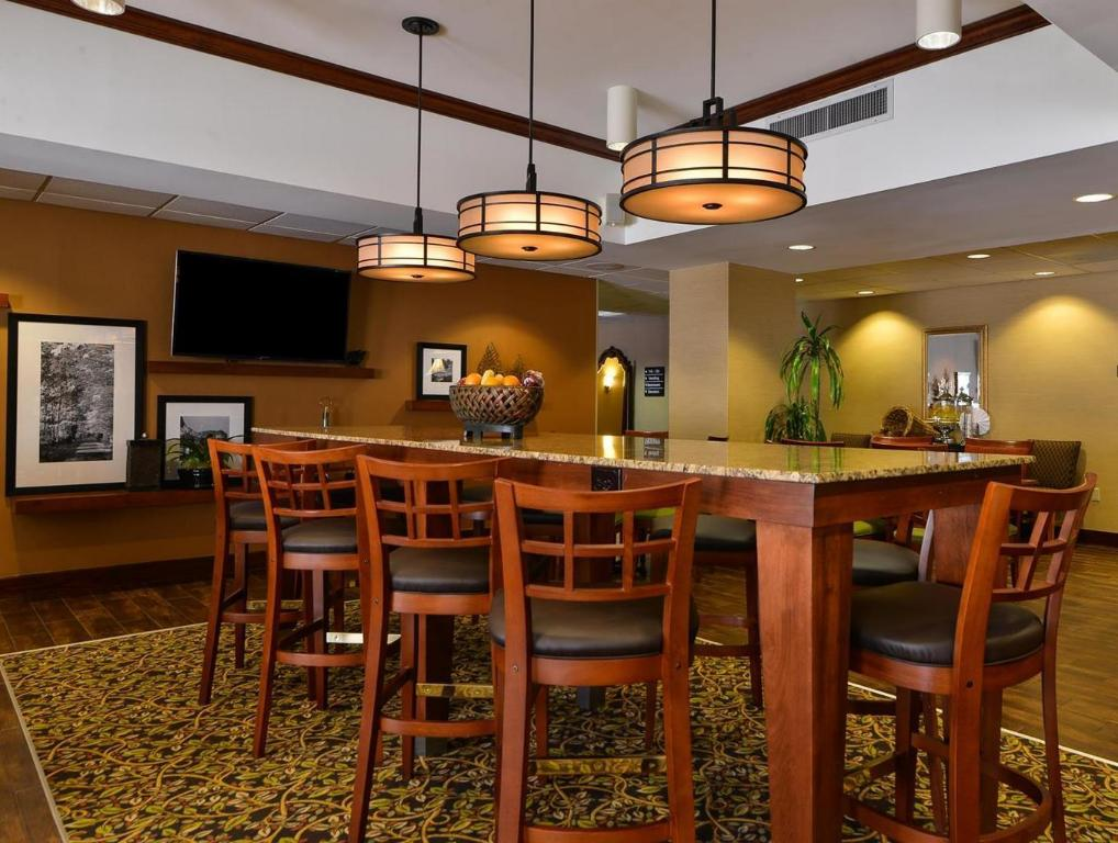 Interior view Hampton Inn Greensboro Airport