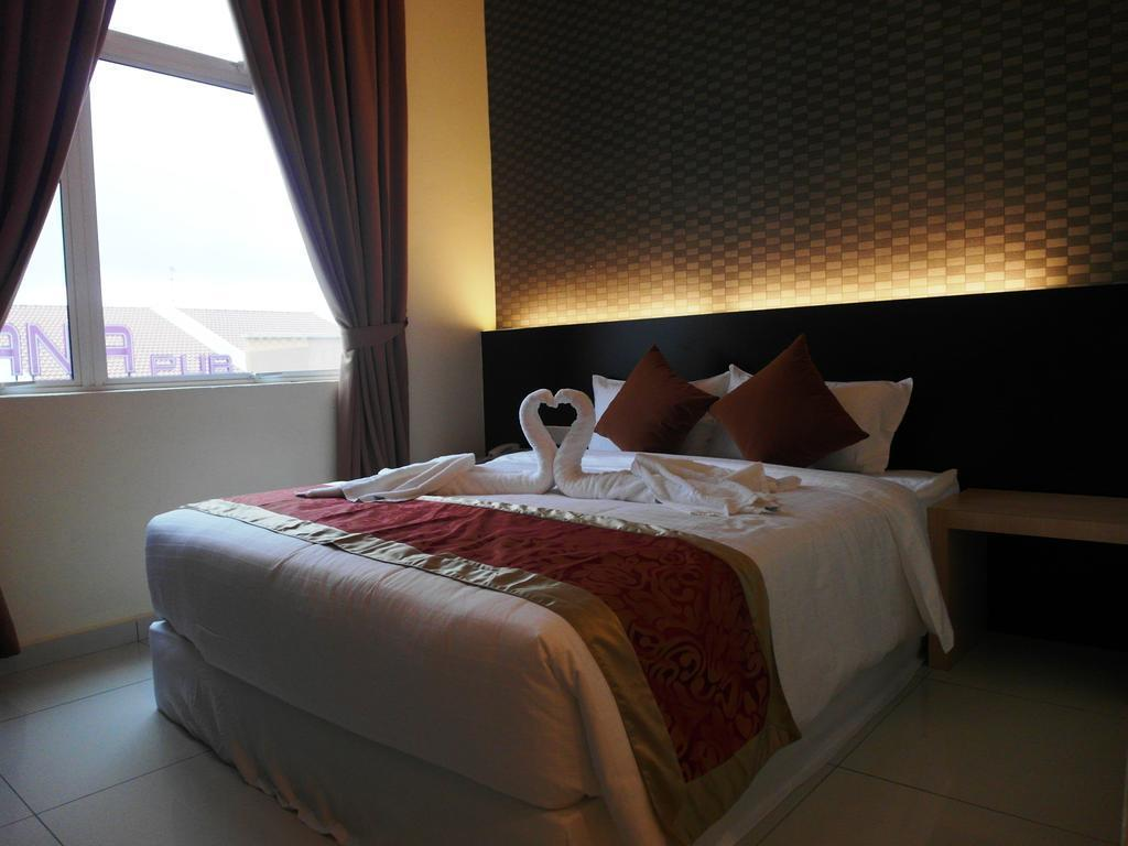 Supreme Hotel In Malacca Room Deals Photos Reviews
