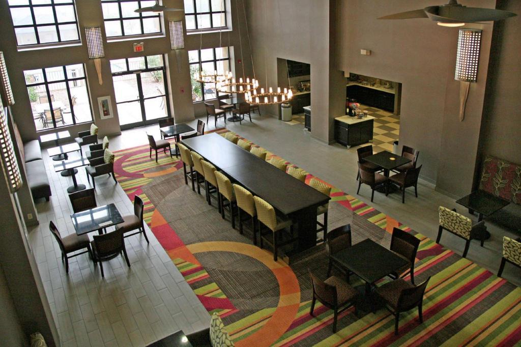 Hampton Inn  U0026 Suites Tulsa