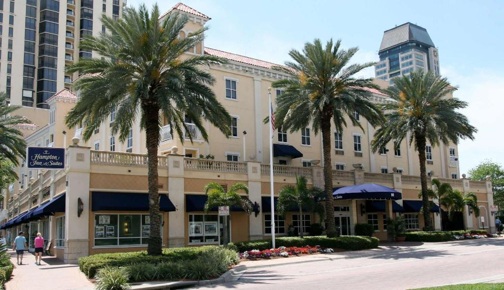 More about Hampton Inn & Suites St. Petersburg Downtown Hotel