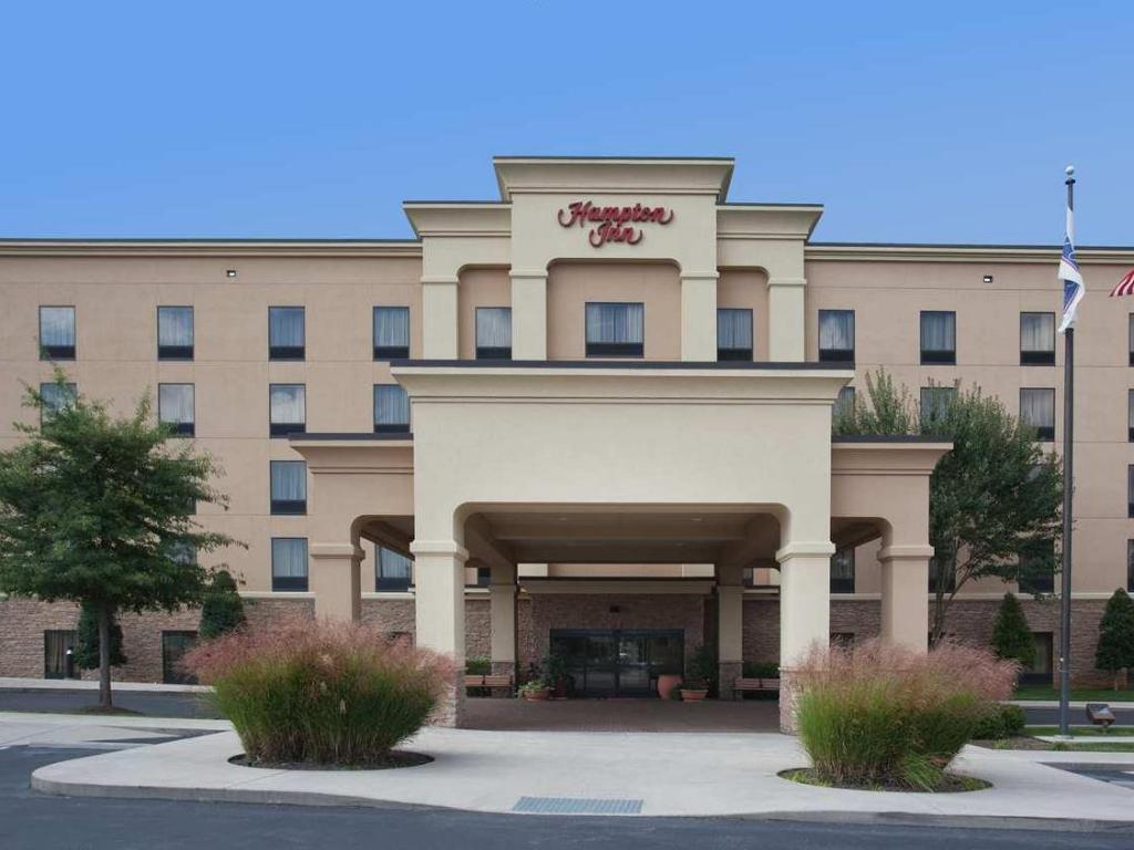hampton inn knoxville west at cedar bluff in knoxville tn. Black Bedroom Furniture Sets. Home Design Ideas