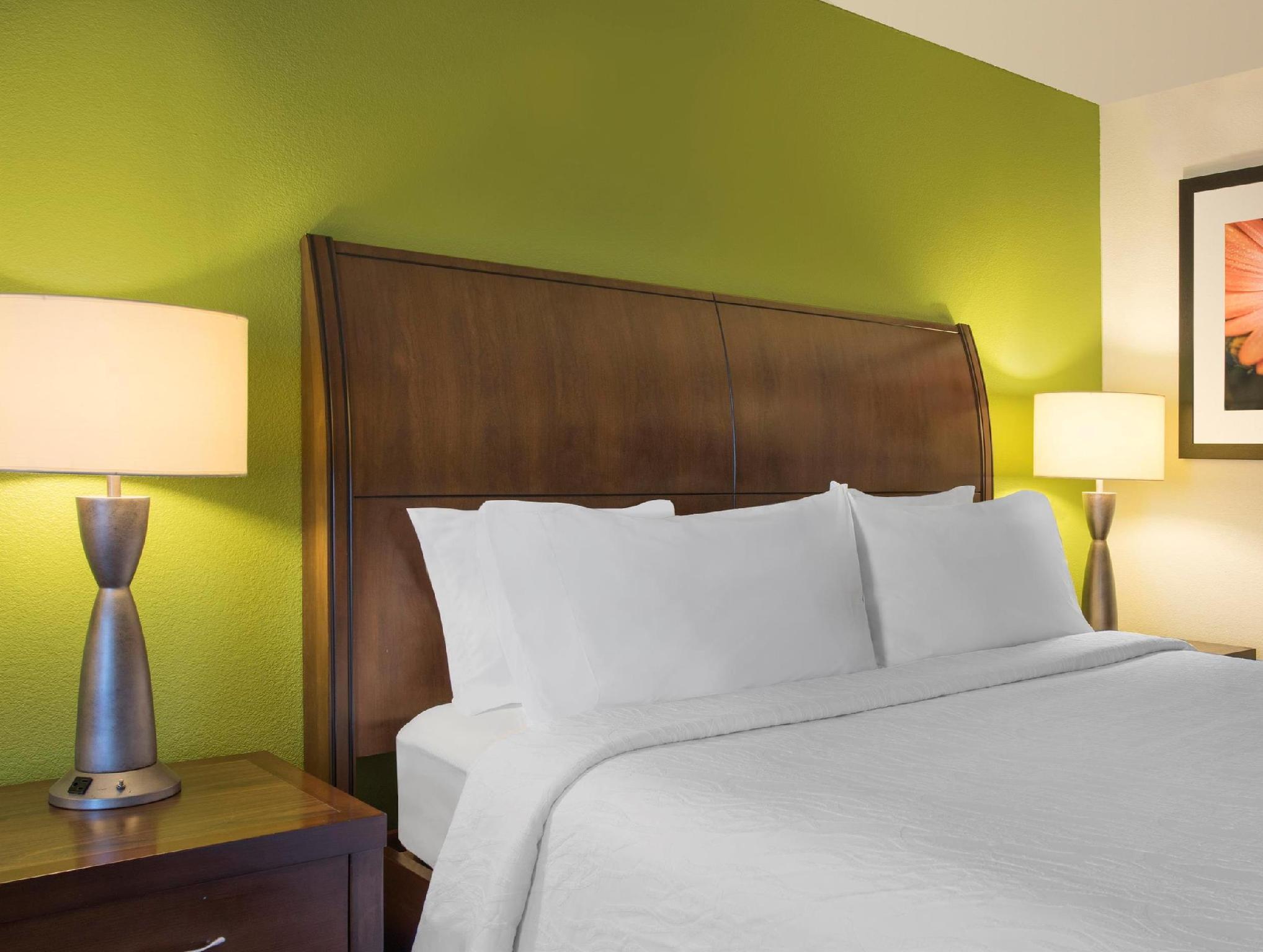 Hilton Garden Inn Denver South Meridian - [aragundem.com]
