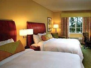 Queen Room   Bed Hilton Garden Inn Houston   The Woodlands Hotel