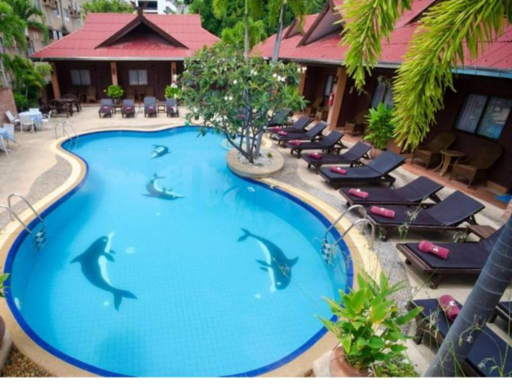 Swimming pool Sabai Lodge Hotel