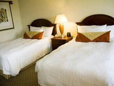 2 Double Beds   Bed Hilton Garden Inn Suffolk Riverfront