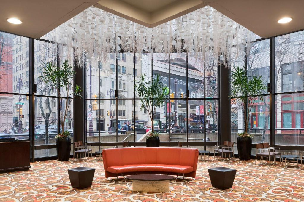 Lobi DoubleTree by Hilton - Philadelphia Center City