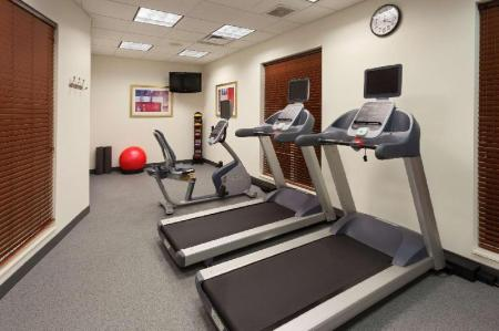 Fitnesa centrs Homewood Suites by Hilton Gainesville Hotel