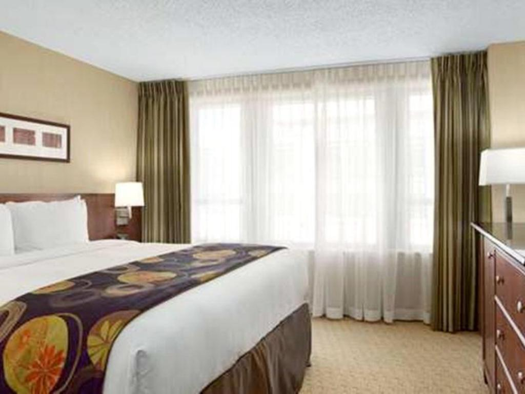 Embassy Suites Washington D C Convention Center Hotel in