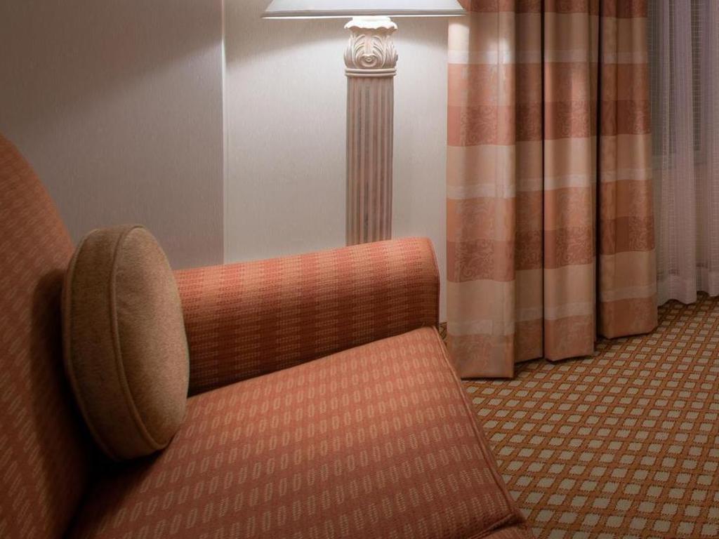 Hilton Garden Inn Mountain View Hotel in San Jose (CA) - Room Deals ...