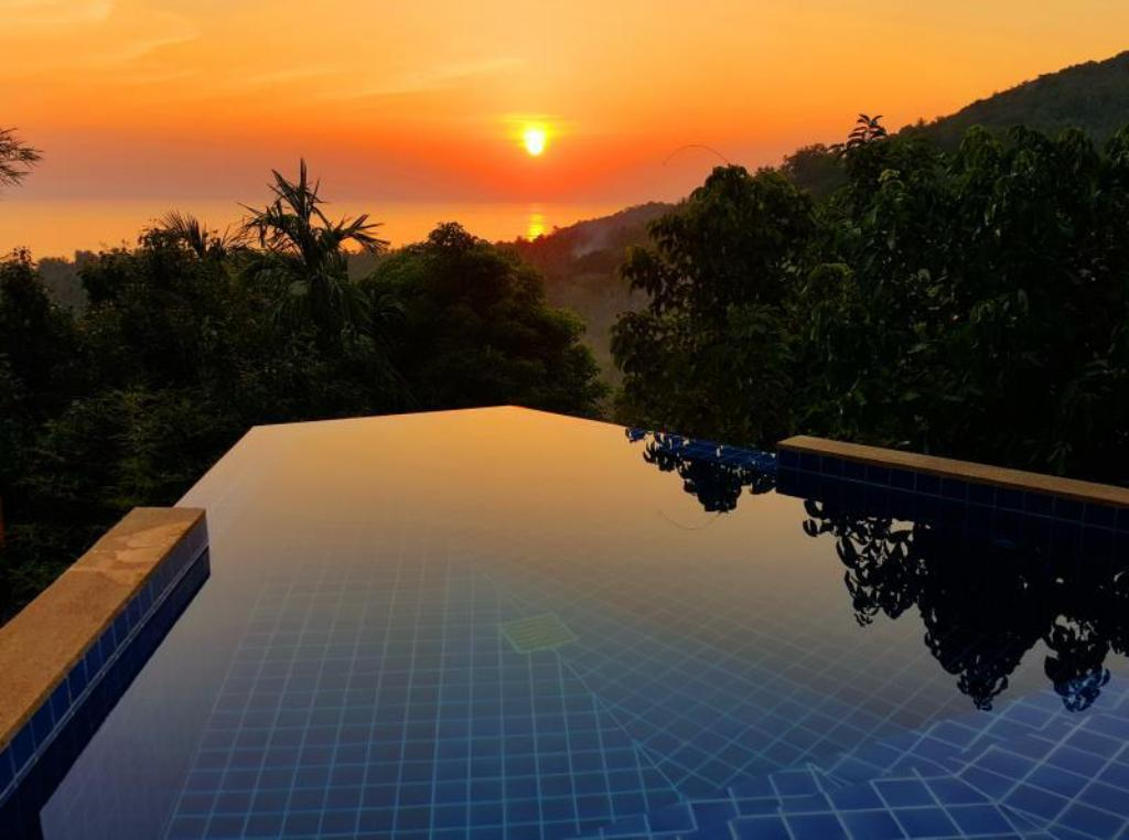 Luxury Pool Villa - Private pool The Place Luxury Boutique Villas