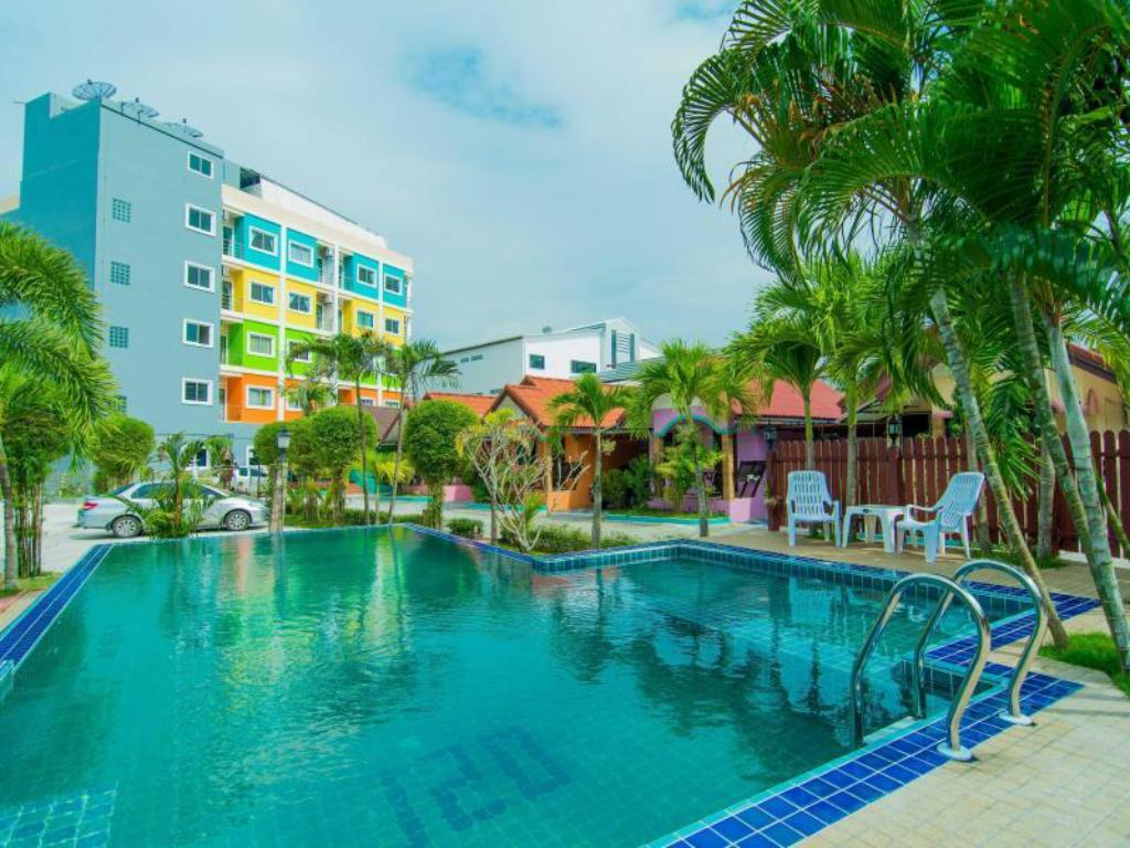 Phaithong Sotel Resort