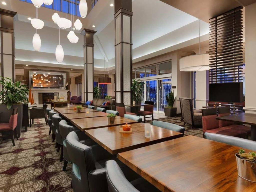 Hilton Garden Inn Auburn Riverwatch in Auburn (ME) - Room Deals ...