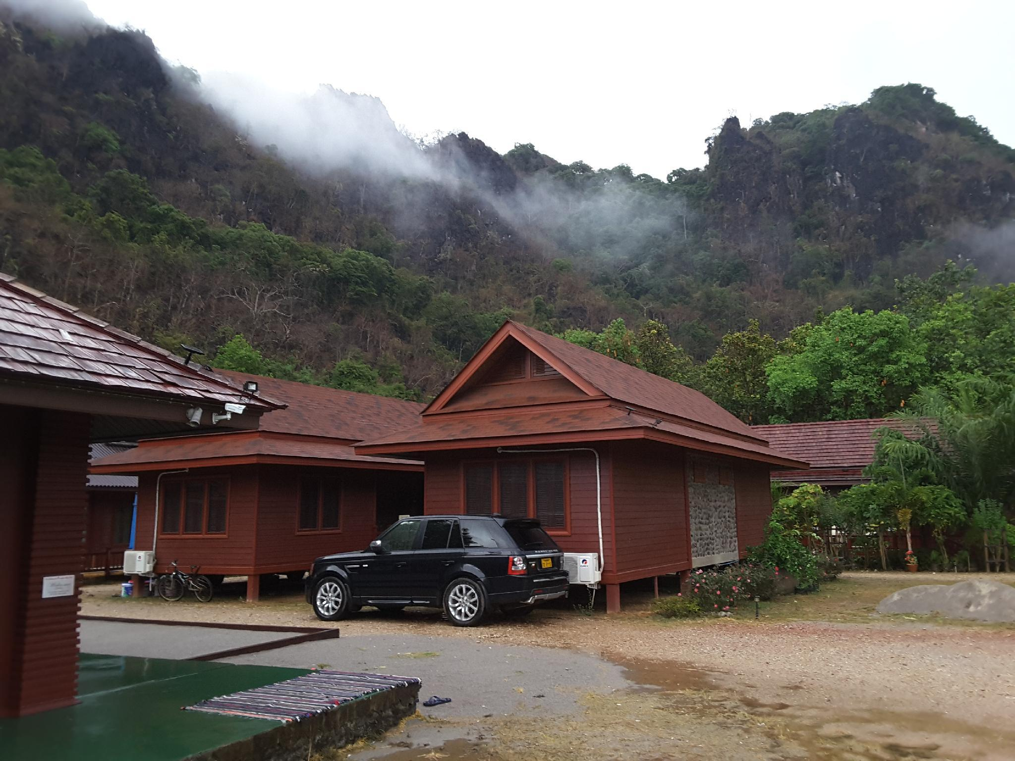 The Kong Lo View Hotel And Resort In Koun Kham Room Deals Photos Reviews