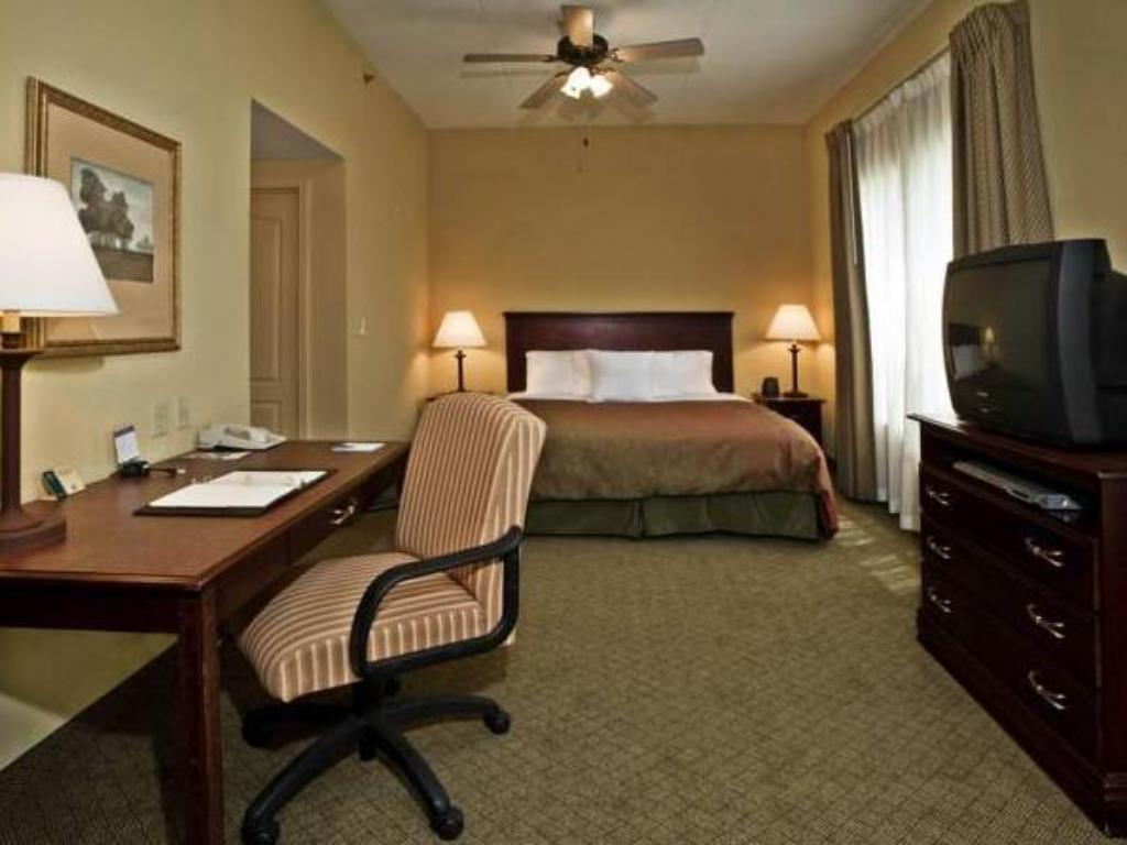 Studio King Bed Homewood Suites by Hilton Montgomery