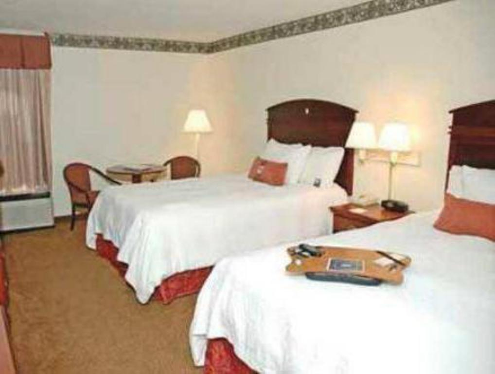 2 Queen Beds  Hampton Inn Atlanta Douglasville