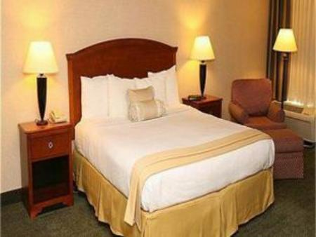 חדר סטנדרט Country Inn & Suites by Radisson, Charlottesville-UVA, VA