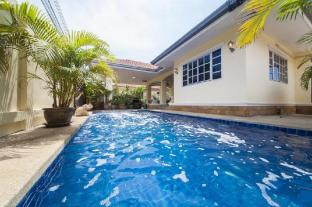 Baan Chokdee - 5 Bed - Private Pool
