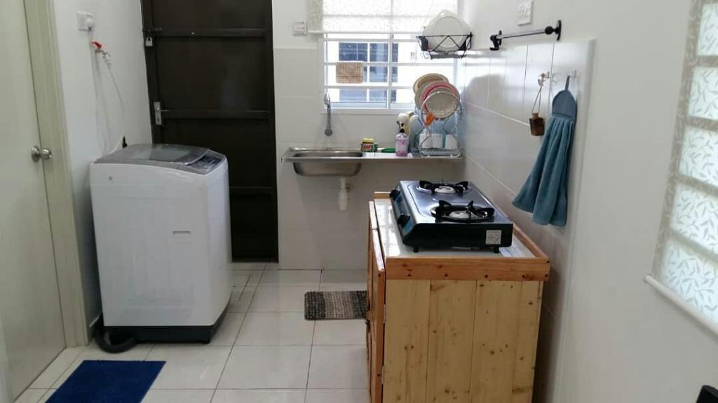 Kitchen Nadean Homestay Malacca