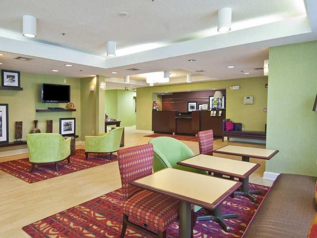 Lobby Hampton Inn Jackson Pearl International Airport