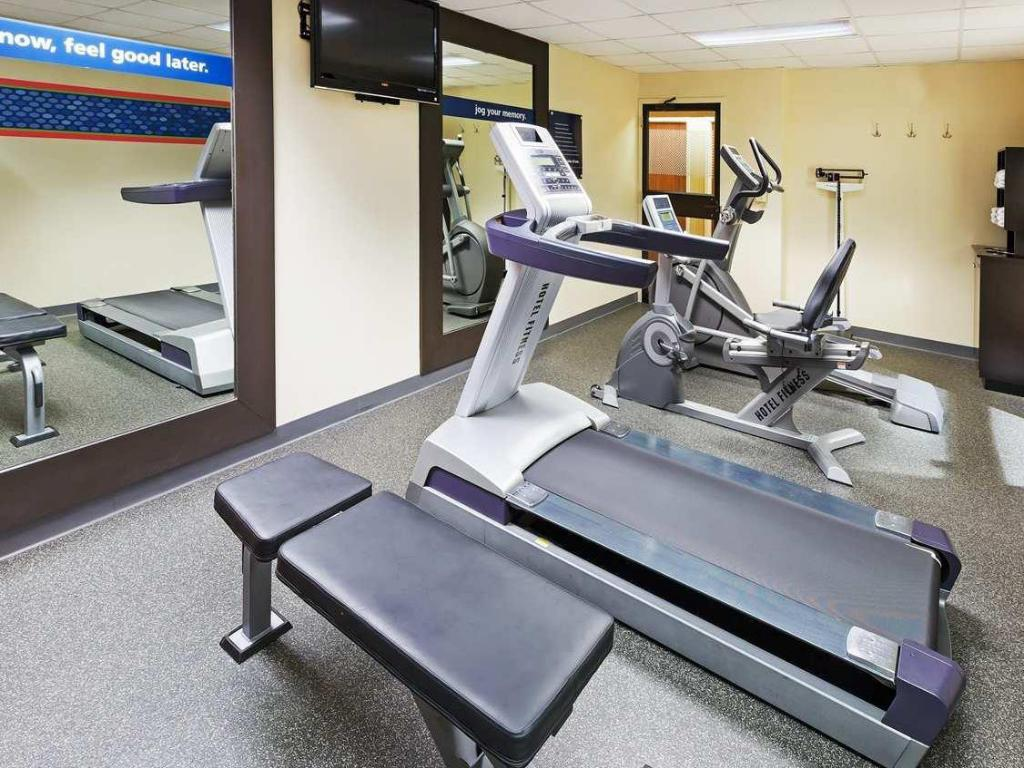 Fitness center SureStay Plus Hotel by Best Western Norman