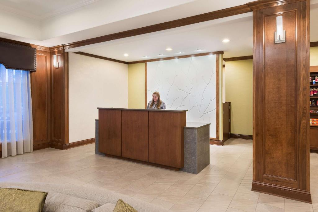 Lobby Homewood Suites By Hilton Buffalo Amherst Hotel