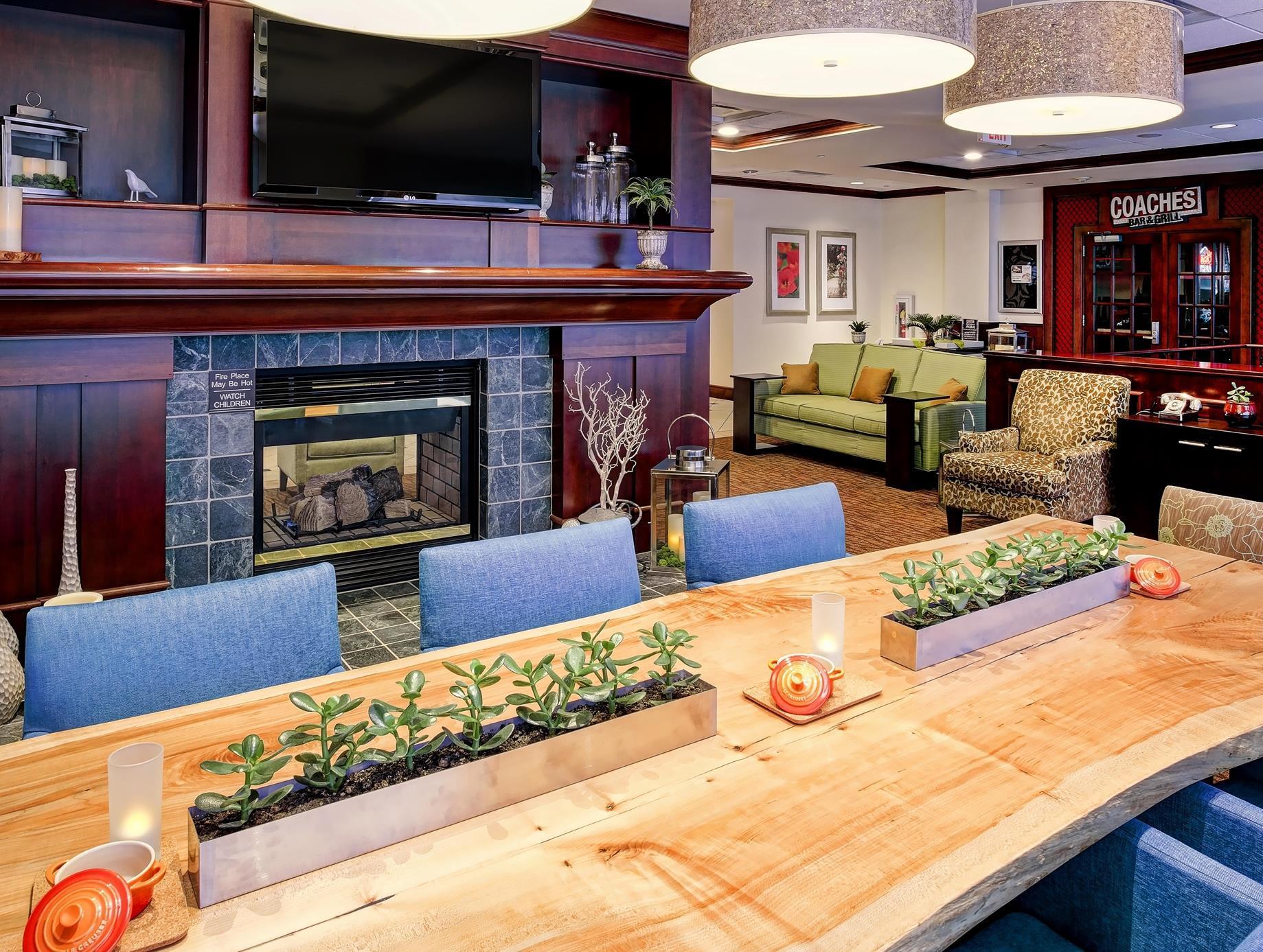 More About Hilton Garden Inn Bloomington Hotel