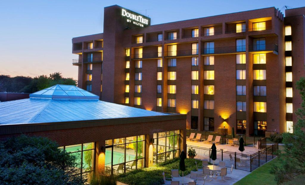 More about Doubletree Hotel Syracuse