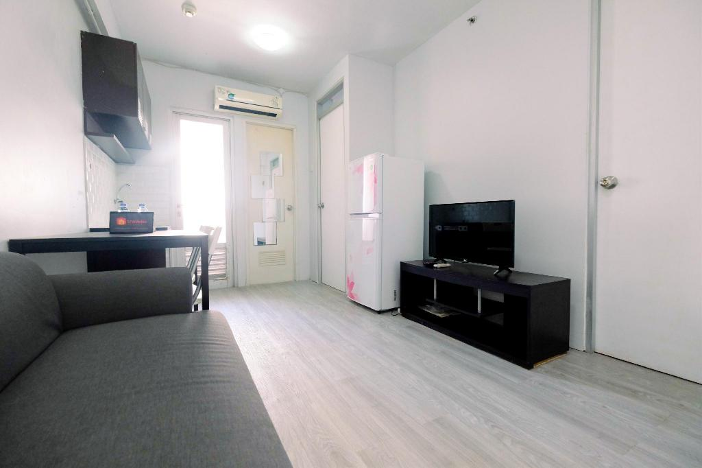 See all 15 photos Homey 2BR @ Gading Nias Residences Apt By Travelio