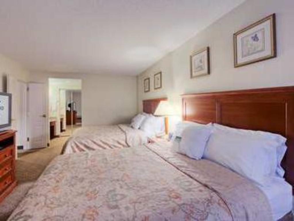 2 Queen 1 Bedroom Suite Non-Smoking Homewood Suites by Hilton Edgewater Hotel