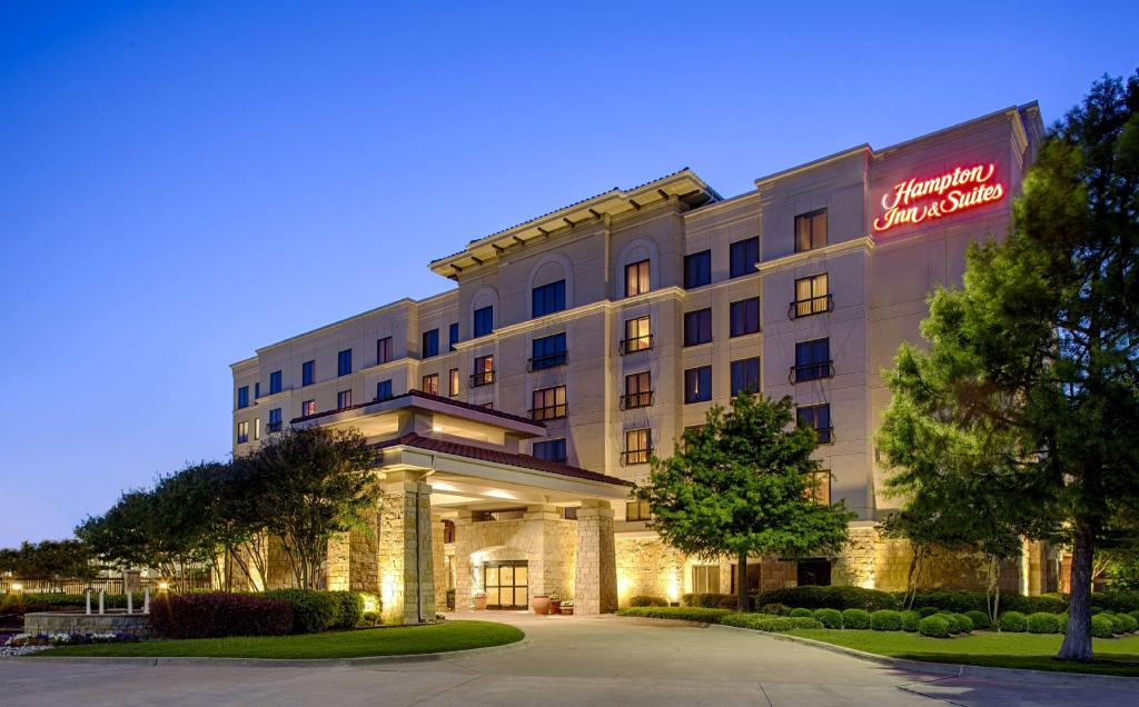 More about Hampton Inn & Suites Legacy Park Frisco