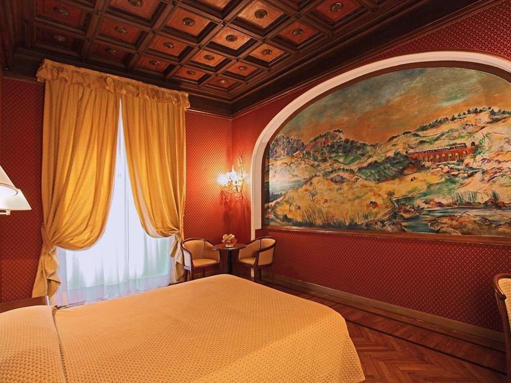 Das Hotel Montecarlo In Rom Buchen