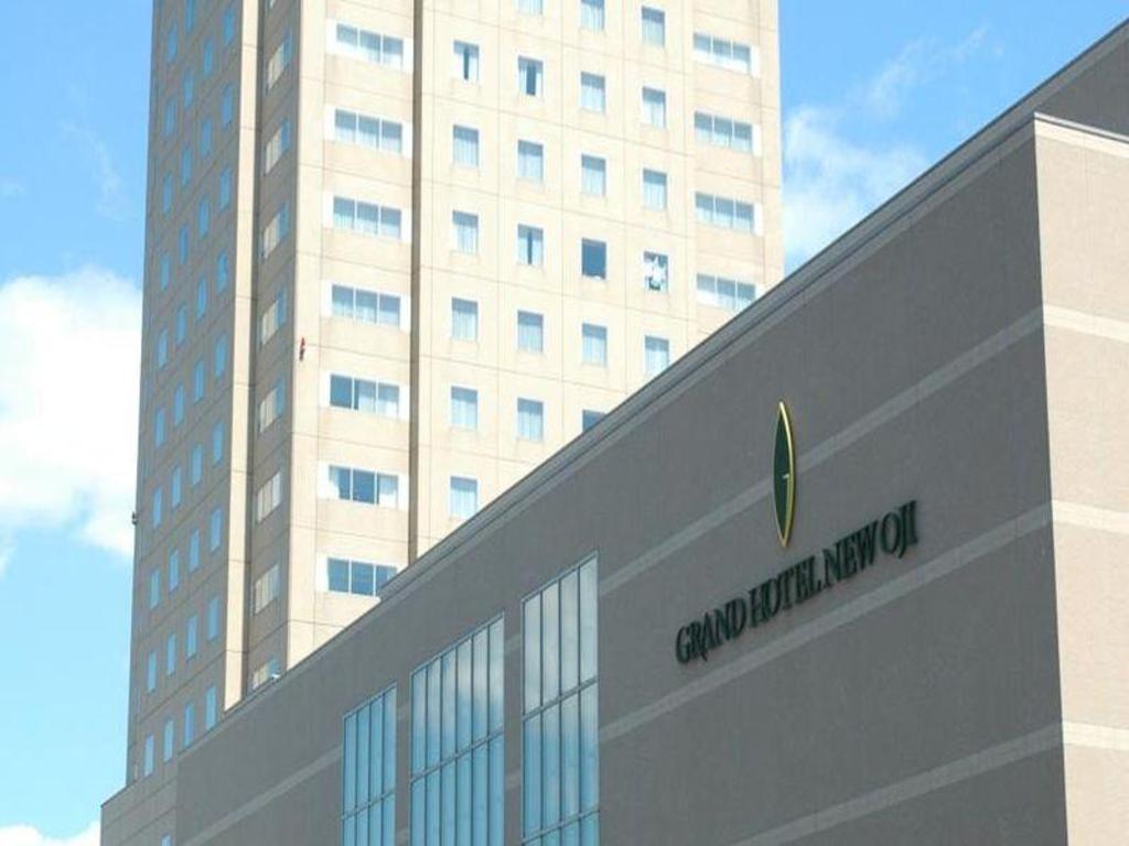 Hotel Route Inn Tomakomai Ekimae Best Price On Grand Hotel New Oji In Tomakomai Reviews