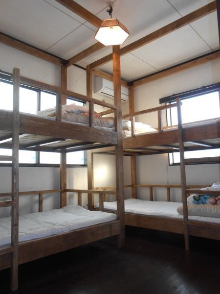 雙層床- 四位客人 (Bunk Bed - 4 People)