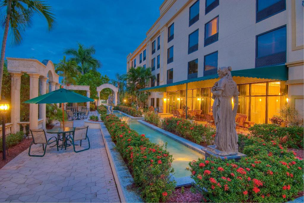 Hampton Inn Palm Beach Gardens Hotel